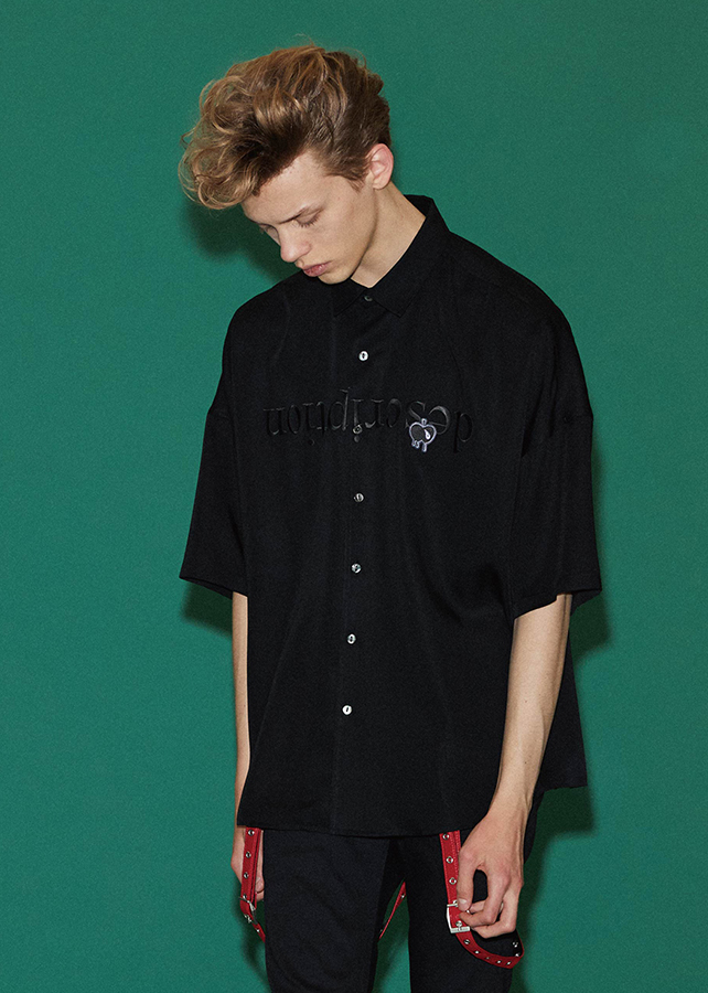 """ description"" EMB. S/S BIG SHIRTS/Black"