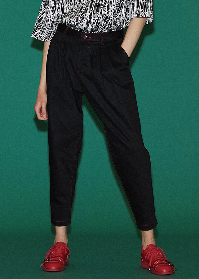 STRETCH TWILL TAPERED PANTS/Black