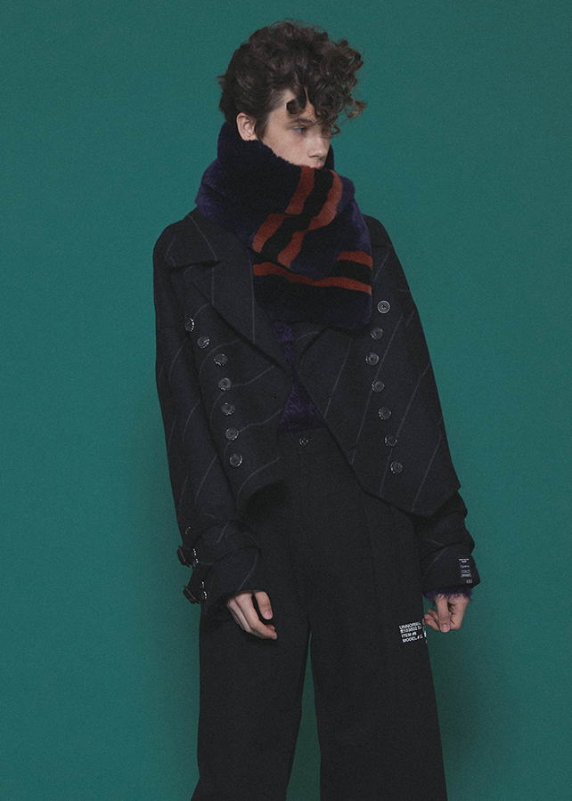 BIAS LINE SHORT COAT/Black
