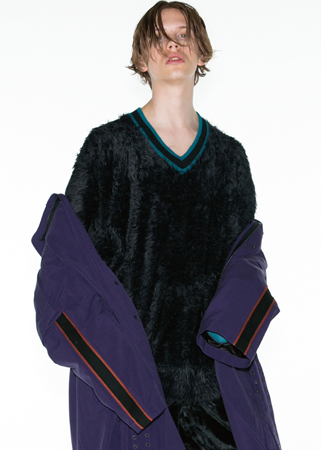 LONG SHAGGY PULL-OVER/Black