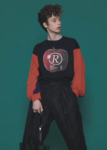 """APPLE R""  BIG SWEAT/Orange"