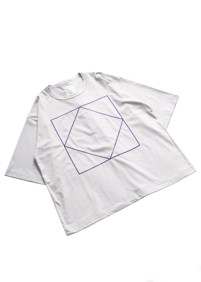 """SQUARE""emb. S/S BIG T"